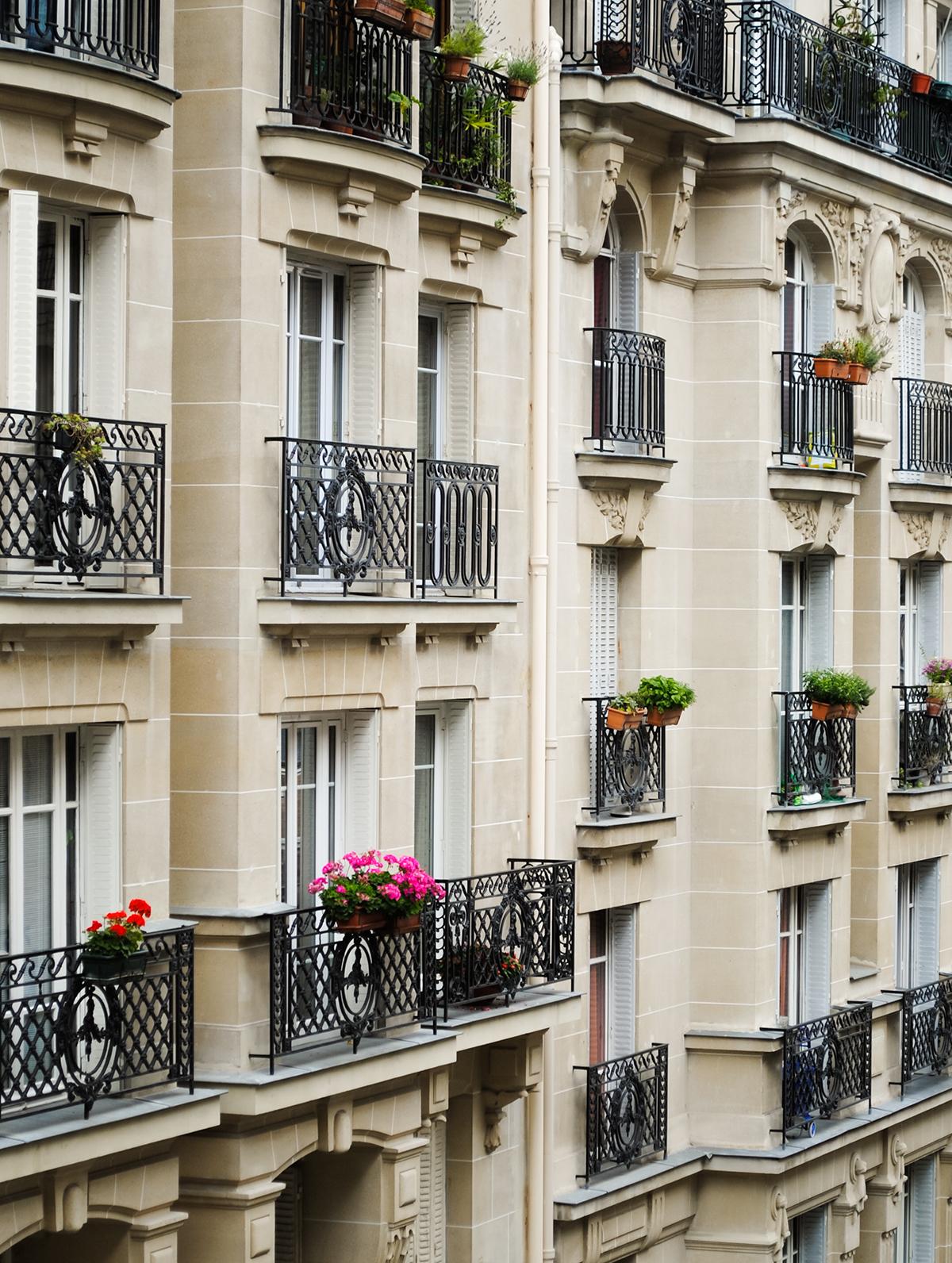 Facade%2C_Montnarte_Paris