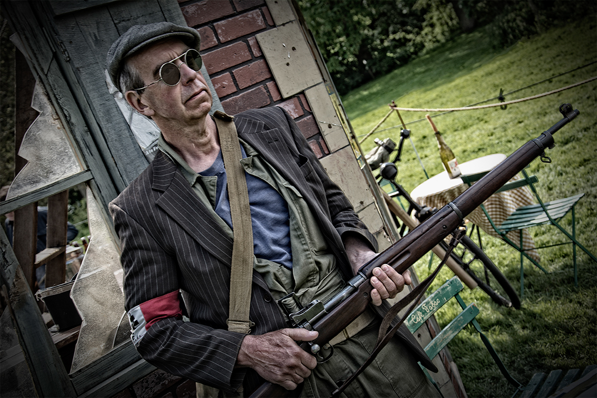 French_Resistance_Re-enactor